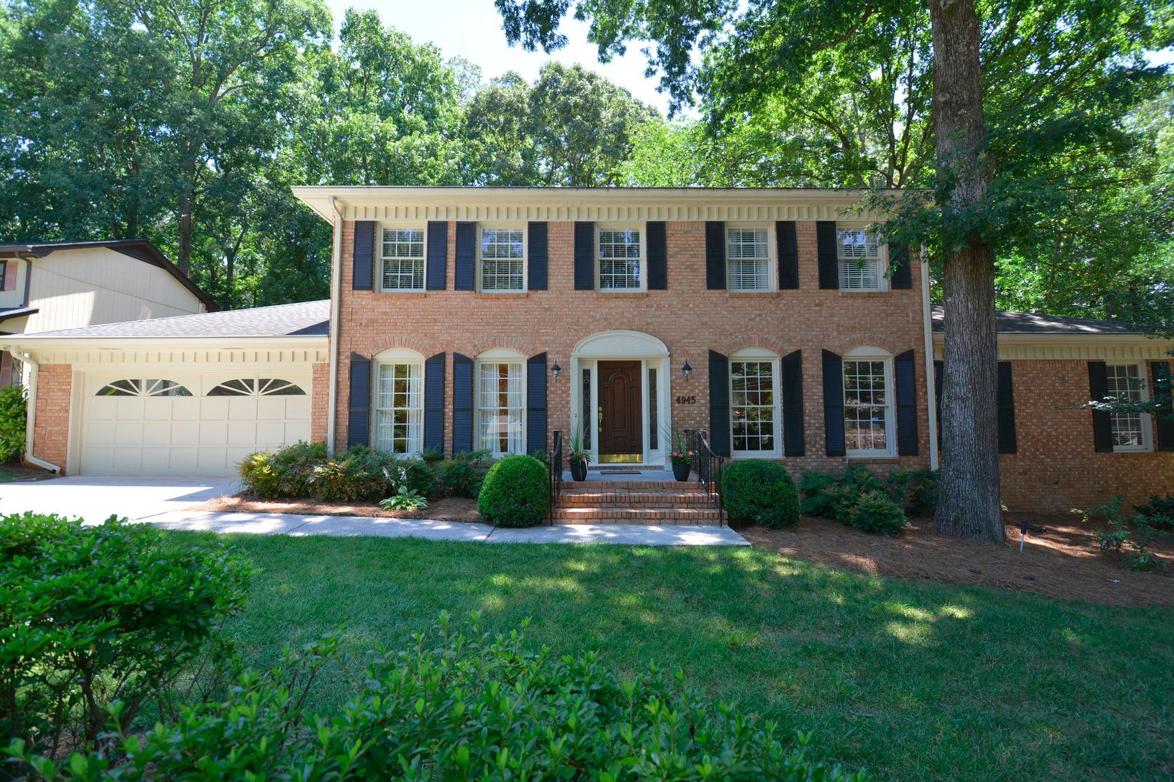 Dunwoody Home For Sale on Village Creek Front