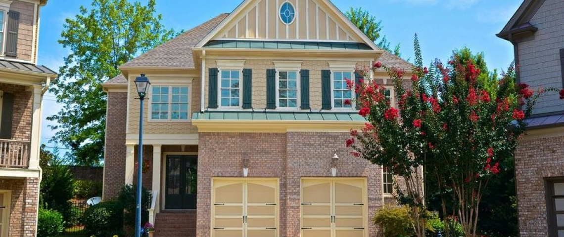 Home for Sale on Mount Vernon Sandy Springs