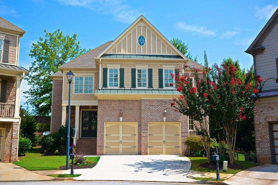 Home for Sale in Sandy Springs on Mount Vernon