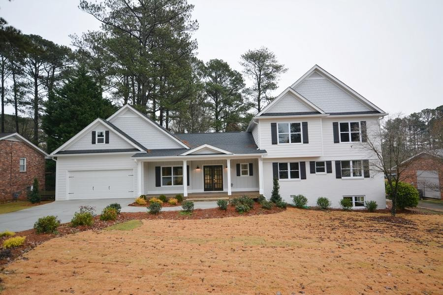 Home for Sale For Lease on Chesterfield in Briarcliff